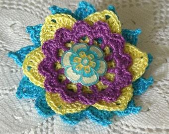 Snappy Crochet Flower Brooch, Crochet Thread Pin, FB156-01
