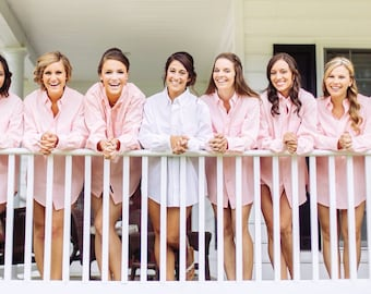 Bridesmaids Gifts Oversized Mens Shirts, Monogrammed Oversized Shirts, Monogrammed Bridal Party Shirts, Button Down Shirt, Bridesmaid Shirts