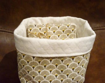 basket and 5 matching wipes, graphic taupe