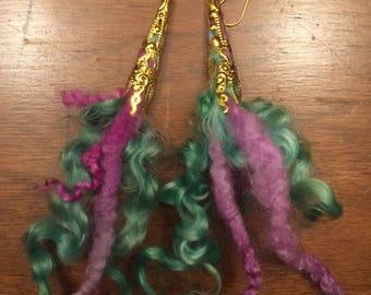Dyed fleece earrings - spring flowers