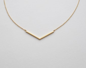 Chevron Necklace, Dainty Minimal Chevron Necklace, Simple Geometric Layering Necklace in Sterling Silver #D48