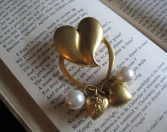 75% OFF SALE - Vintage Gold Heart Charm Brooch With Pearls . Unsigned