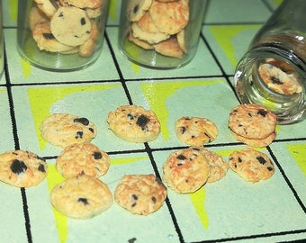 Miniature chocolate Chip Cookies scale 1/12 for dolls ' houses/miniature cookies scale 1/12 for dollhouses