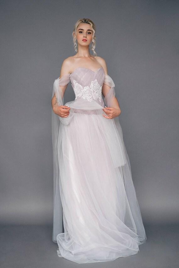 Sample SALE US2 princess tulle wedding dress