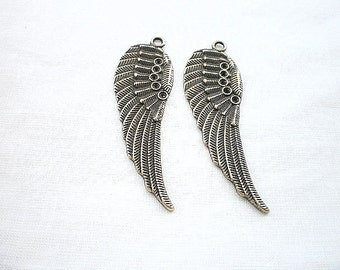2 charm bronze wing 53x16
