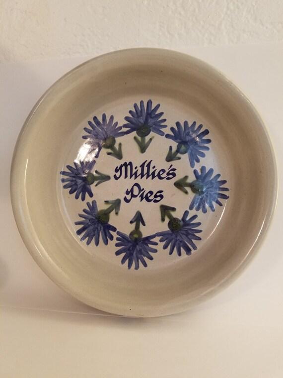 & Vintage Louisville Stoneware Pie Plate