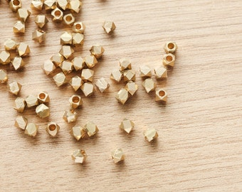 25 pcs of Geometric Polygon 14k gold Plated color Brass Jewelry Beads - 5mm
