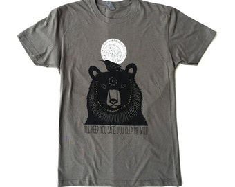 Unisex / Men's Bear and Hummingbird T Shirt Clothing