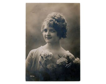 Vintage Real Antique Black & White Photo Postcard Beautiful Girl Fashion Flowers 1910-s Europe Collection Photography