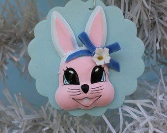 Vintage Style Bunny Face Ornament, ONE