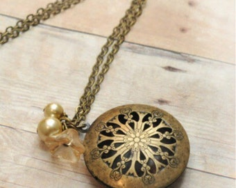 Valentines Gift Antique Locket Necklace Victorian Locket Jewelry Pendant Locket Mothers Day Gift Necklace Jewelry Limonbijoux