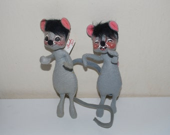 """Annalee Mobilitee Mouse Mice 8"""" 1965 Pair Twins Couple"""
