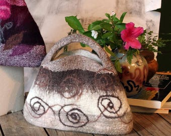 Little Felt Handbag, Cream and Chocolate