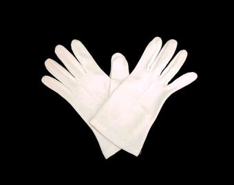 Vintage Ivory Wrist Gloves Formal Gloves Nylon Stretchy Mad Men Style Ladies Accessories Dinner Gloves Church Gloves Creamy White
