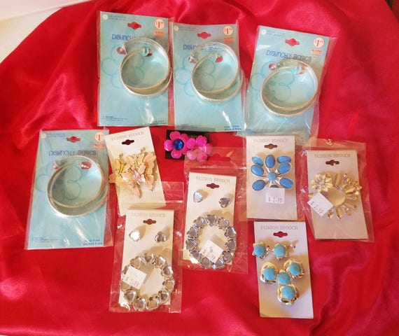 11 piece costume play jewelry lot hoop earrings metal pins crafts play dress up costumes