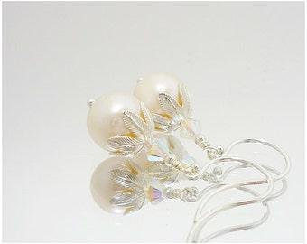 White Freshwater Pearl Earrings, Pearl Earrings, Pearl Drop Earrings, Sterling Silver Pearl Earrings, Pearl Dangle Earrings, Pearl Jewelry