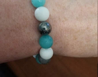 Single Tricolored Turquoise Jade Bracelet with Silver Bead Accent