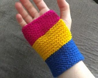 Pan flag finger-less glove