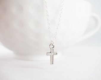 Dainty Cross Necklace - Tiny Cross Necklace - Silver Cross necklace - Cross jewelry -