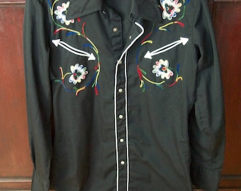 Vintage Western Wear Long Sleeve Shirt