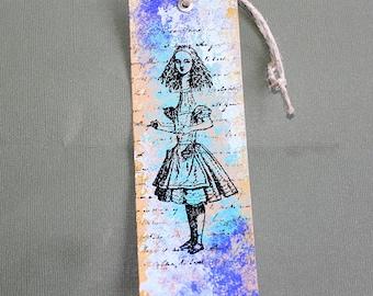 Hauteur Alice Cardstock Bookmark - deux par Six pouces