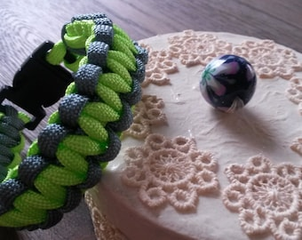Grey and neon green paracord bracelet