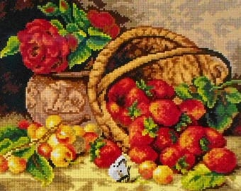 Needlepoint tapestry, BASKET of STRAWBERRIES, 24 x 30 cm, ref 2793