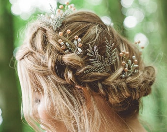Heidi Leaf Beaded Hair Pin