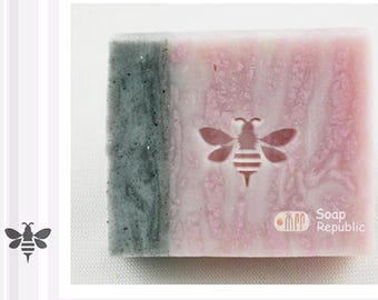 SoapRepublic 'Small honey bee' Acrylic Soap Stamp / Cookie Stamp / Clay Stamp