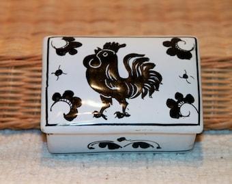 Vintage Chicken Trinket Box, 4 X 3 x 1 1/2