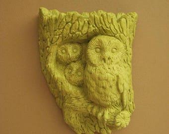 Retro Owl Planter / Wall Pocket in New Avocado / Avocado Green Owl Decor