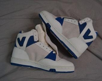 Way Cool Vintage 90's VISION Street Wear Hightop Skate Shoes / Size 5