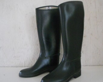 Vintage Women's Black Rubber Riding Boots . Equestrian Boots . Wellies Tiny Fit Size 34 US 4-5