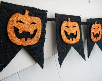 Burlap Halloween Banner - Black and Orange - Glitter Pumpkins  - Vintage Style Halloween - Halloween Decoration
