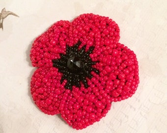 Poppy brooch, beading tutorial, bead embriodery tutorial, beaded poppy pattern, beading pattern, flower beading tutorial, pdf tutorial