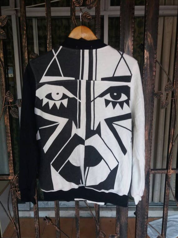 Rare vintage Chlo 1 sweater button down big face abstract black n whute colour/medium/ wp19BsRJ