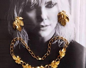 Vintage Trifari Kunio Matsumoto 1970s Gold Leaf Demi Parure Necklace Earring Set