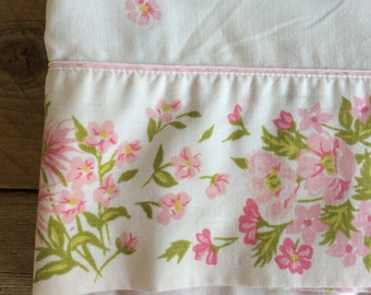 Beautiful Vintage Floral Twin Size Flat Sheet