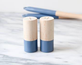 Wood Salt and Pepper Shaker Set - Sailor Blue | Wedding Table Salt and Pepper | Wedding Favors | Kitchen Decor | Hostess Gift