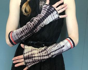 TRIXY XCHANGE - Revamped Free People Socks Tie Dye Gloves Purple Arm Warmers White Arm Sleeves Cozy Knee Socks Leg Covers Leggings Soft