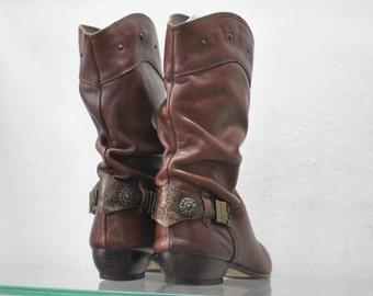 Vintage Leather Bots , brown color....(040)