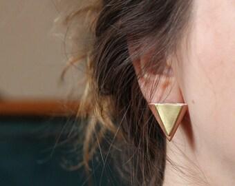 triangle earrings, triangle stud earrings, brushed copper, brushed brass, triangle jewellery, geometric earrings, everyday earrings