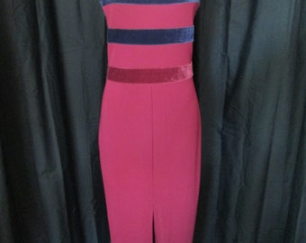 Womens Newport News long formal gown burgundy with navy accents size 6
