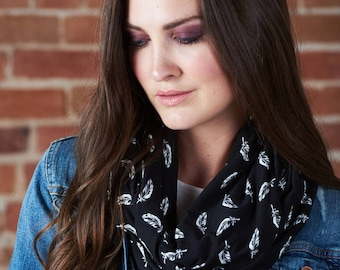 Infinty scarf - bamboo feather print