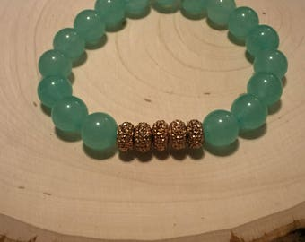 Green and copper stretch bracelet
