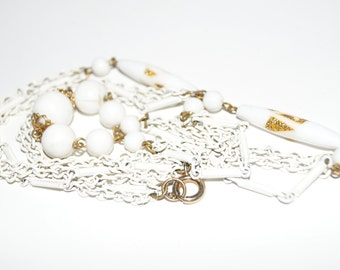 Vintage White Bead & Chain Necklace