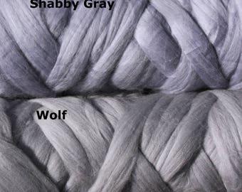 4 oz Australian Merino Wool Roving Extra Fine 19 microns Wolf light gray Felting Spinning Weaving Knitting top felt supply supplies