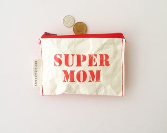 super mom coin wallet, gift for mother, your wife, red SUPER MOM mini purse, gift idea, eco-friendly wallet, red zipper coin purse, one off