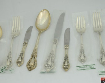 8 Piece Lunt Sterling Silver Eloquence Flatware Set Knife Spoon Fork Tablespoon