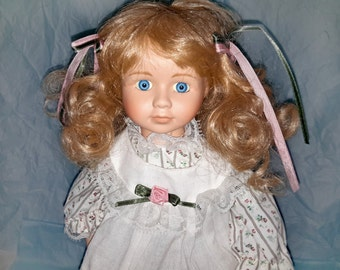 Vintage Collectible Lovely Porcelain Doll, Blonde Hair